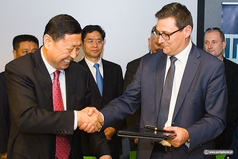 The Port of Gdansk signed a Memorandum of Cooperation with the Chinese Port of Qingdao