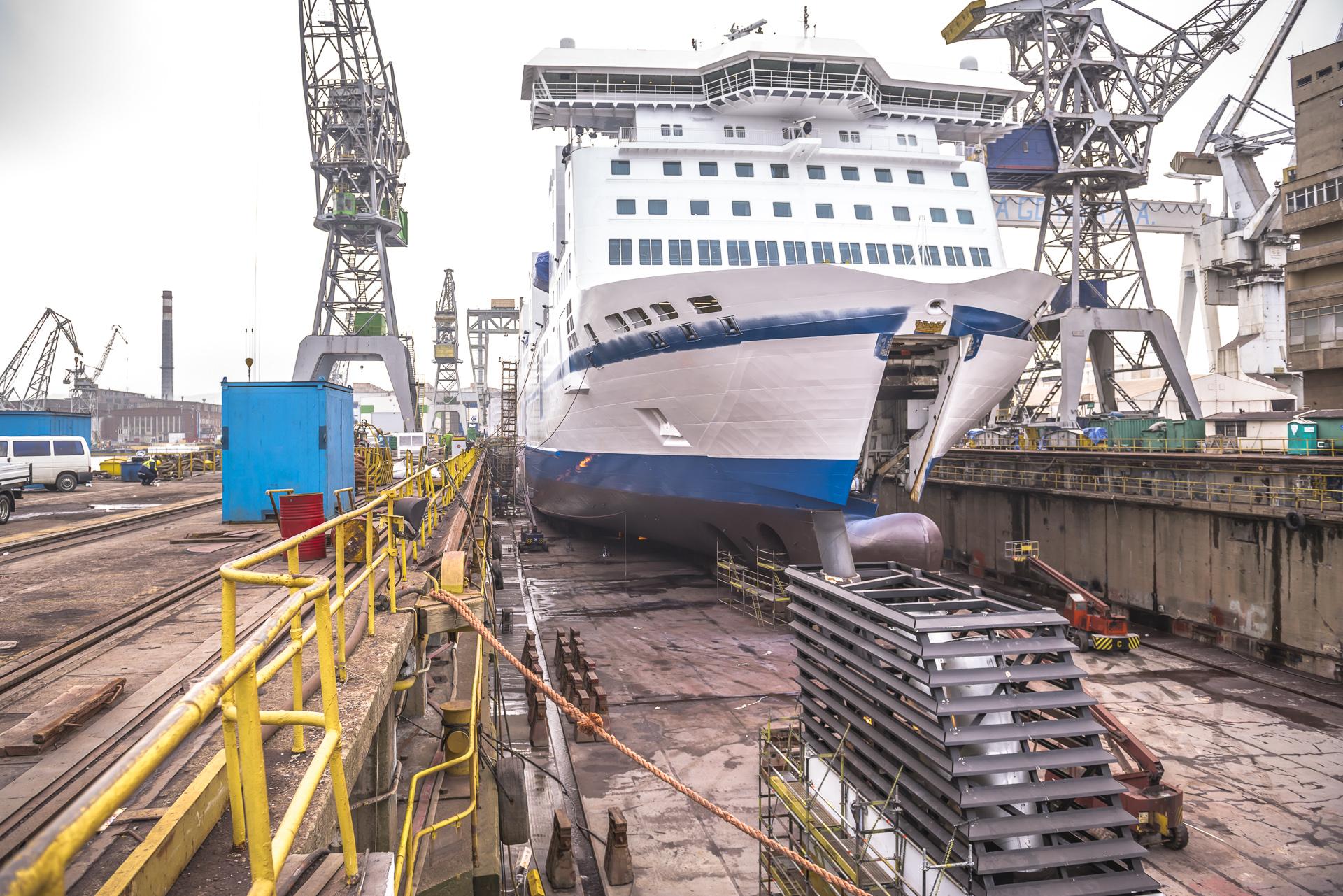 TT-LINE ropax vessel scrubber installation scheduled