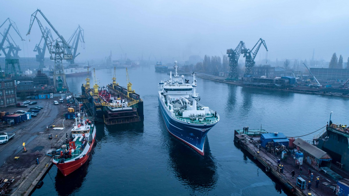 Polish shipyard extended the fishing vessel for Icelandic shipowner [photo, video]