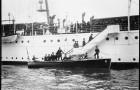 fot. Prezydent Howard Taft podczas wchodzenia na pokład USS Mayflower