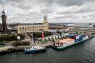 Barka z kontenerami wypłynęła z Gdańska do Warszawy (foto, wideo)