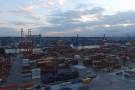 Wypadek w Bałtyckim Terminalu Kontenerowym w Gdyni. Nie żyje kierowca ciężarówki