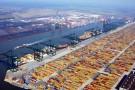 Rosną przeładunki w Porcie Rotterdam dzięki większej liczbie obsłużonych kontenerów