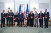 Andrzej Duda wręczył nominacje członkom Kapituły Nagrody Gospodarczej Prezydenta