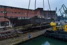 Gdański latarniowiec został podniesiony z dna basenu stoczniowego (foto, wideo)