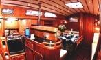 Budowa jachtów pełnomorskich motorowych i żaglowych od 10 do 50 metrów.