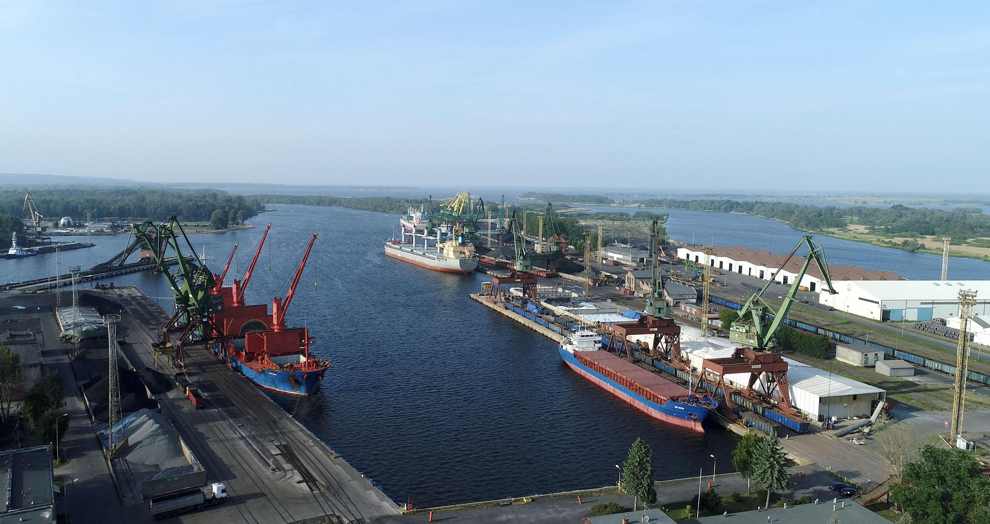 Record high cargo handling in Szczecin-Świnoujście Port Complex