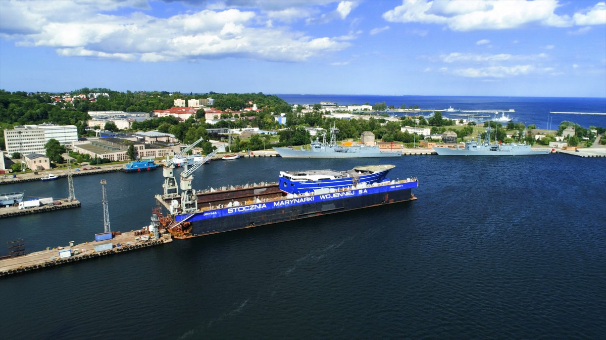 Karstensen Shipyard Poland completed first launching (photo, video)