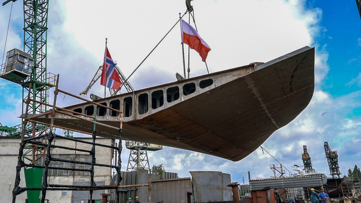 Polish shipyard Safe has laid a keel for the construction of a fully equipped fishing vessel for Norwegians (photo, video)