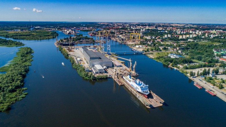 Polish shipyard Gryfia began the renovation season