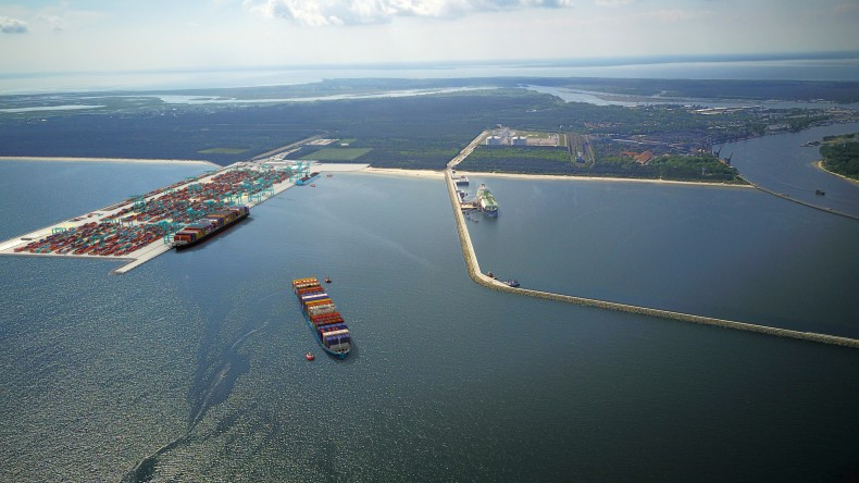 Initiation of proceedings for a new container terminal in Świnoujście