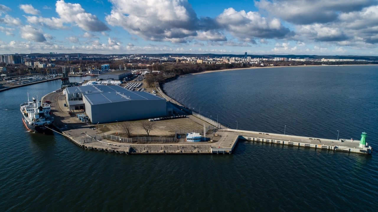 Fish delivery from Russia arrived at the Port of Gdansk (photo, video)