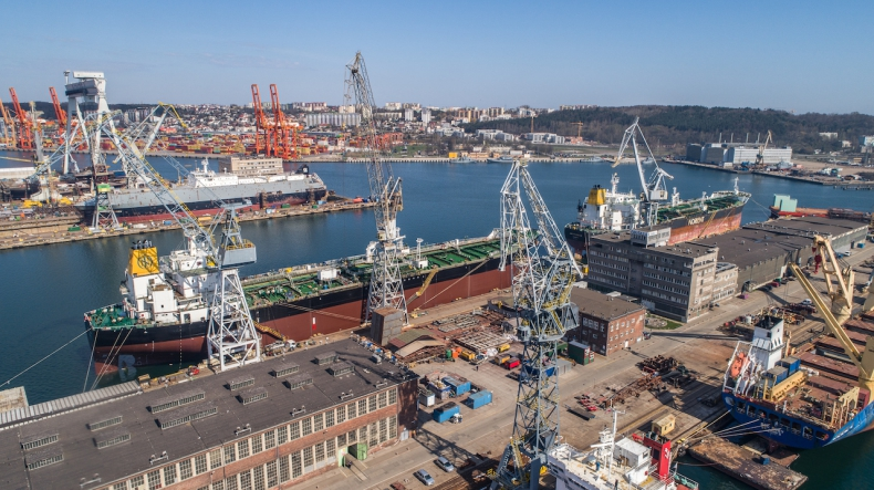 Another month of intensive work at the Nauta Repair Shipyard [video]