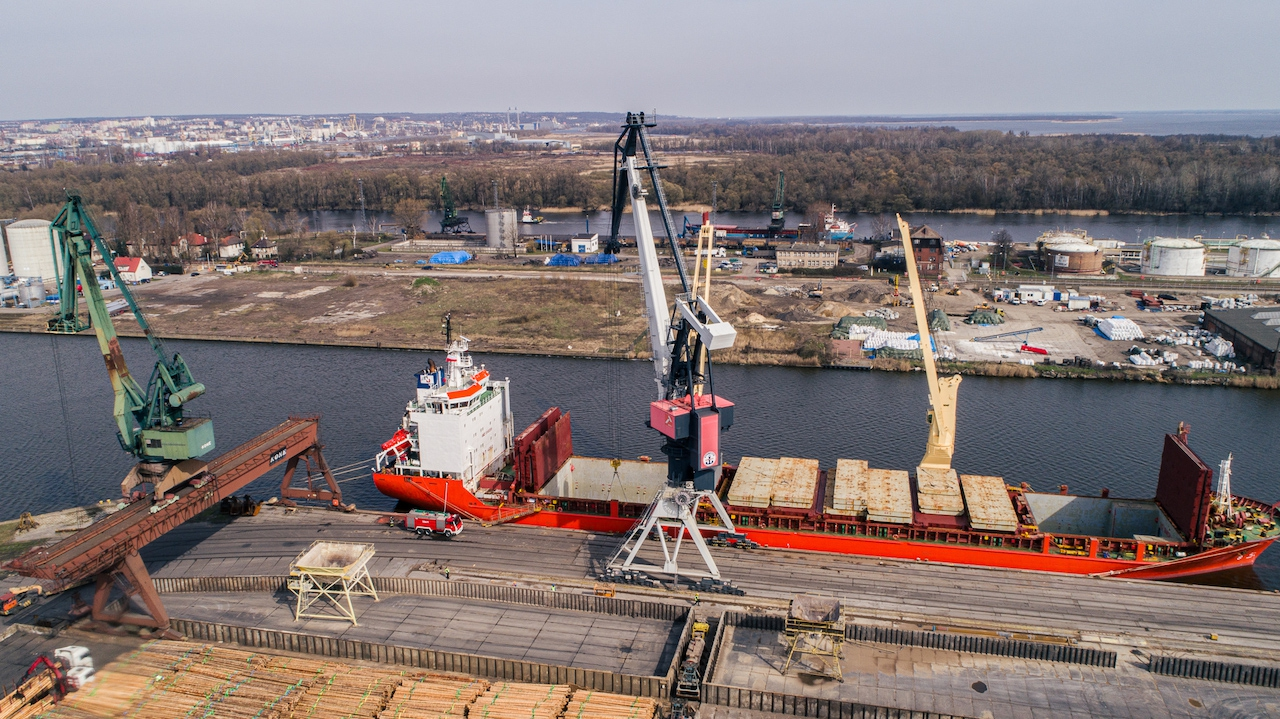 Bulk Cargo Port Szczecin - increase in transshipments in I quarter and good prospects for future [video]