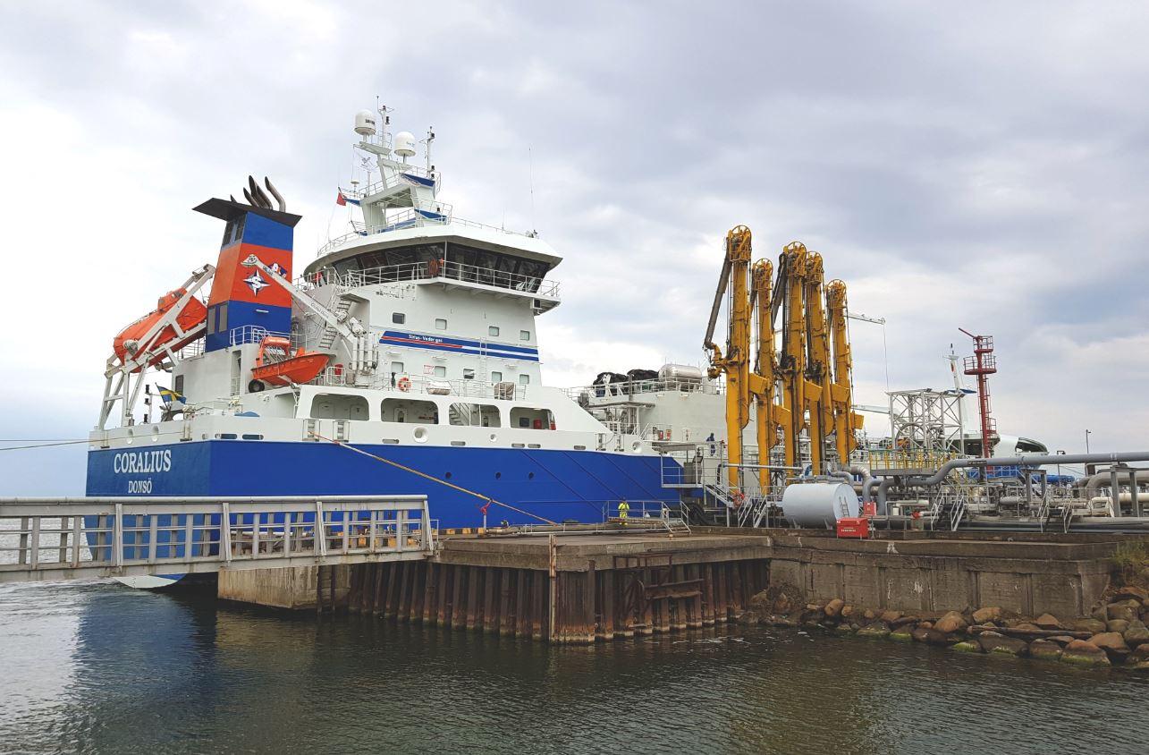 500 tanker trucks with LNG from PGNiG have left Klaipeda already