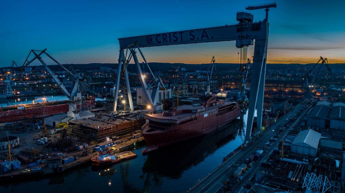 Polish shipyard CRIST delivered world biggest hybrid ferry (photo, video)