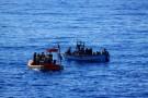 Włochy: Zatonął ponton z migrantami, są obawy, że zginęło 117 osób