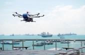 Udany transport małego ładunku z drona na pokład statku (foto, wideo)