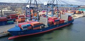 Pierwsze w historii zawinięcie własnego statku Ocean Network Express do Trójmiasta (foto)