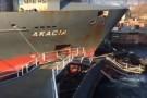 Kontenerowiec staranował wrota śluzy na Kanale Kilońskim. Duże zniszczenia (wideo)