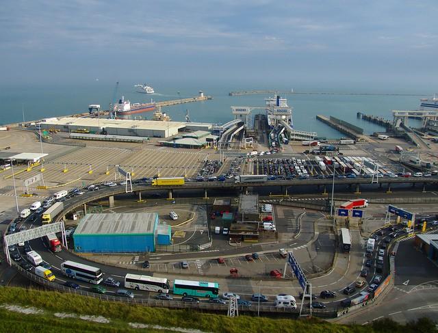 Port w Calais znów zablokowany - GospodarkaMorska.pl