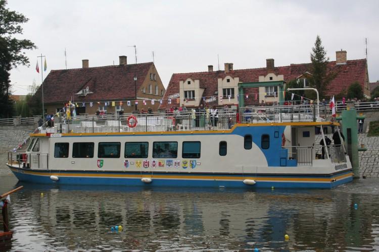 Lubuskie: w wakacje samorządowe statki wycieczkowe przewiozły 12 tys. turystów - GospodarkaMorska.pl