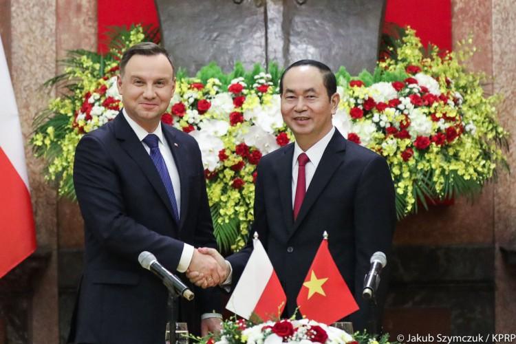 Prezydent Duda: Wietnam jest otwarty na polskie towary i inwestycje - GospodarkaMorska.pl