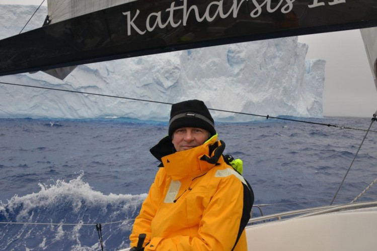 Jacht Katharsis II minął Horn w rejsie dookoła Antarktydy - GospodarkaMorska.pl