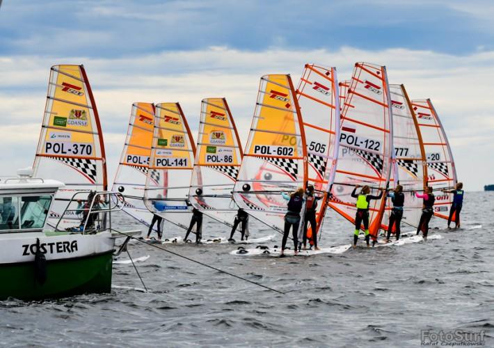 Zakończyły się Mistrzostwa Polski Młodzików w Windsurfingu - GospodarkaMorska.pl