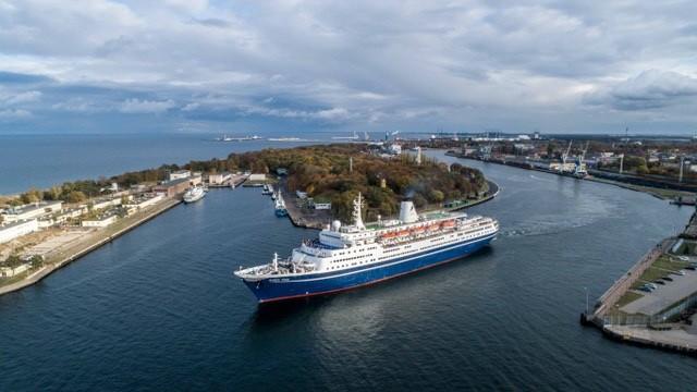 Marco Polo zakończył sezon wycieczkowców w Porcie Gdańsk. W tym roku padł rekord (foto, wideo) - GospodarkaMorska.pl