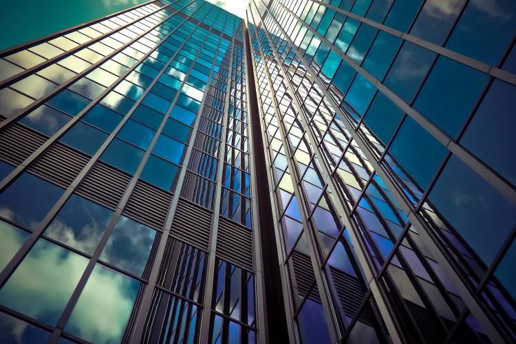 Czy przedsiębiorcy mogą skorzystać z przekształcenia użytkowania wieczystego w prawo własności? - GospodarkaMorska.pl