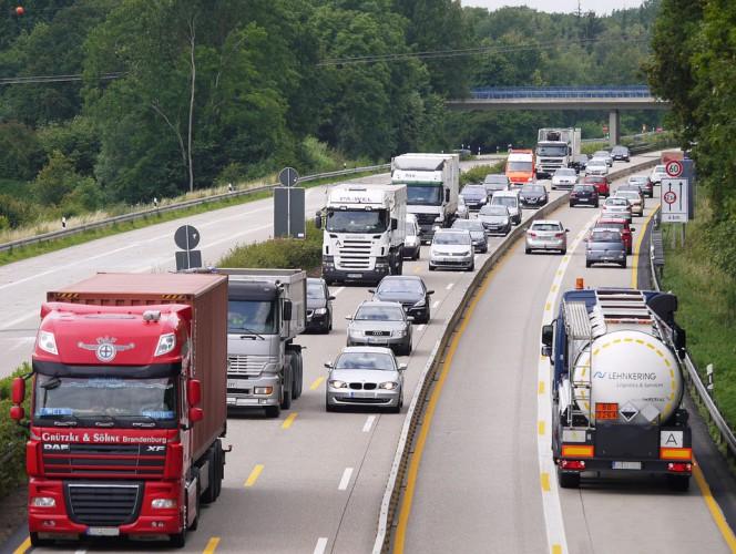 Lewiatan: Unijne przepisy uderzą w polskie firmy transportowe - GospodarkaMorska.pl