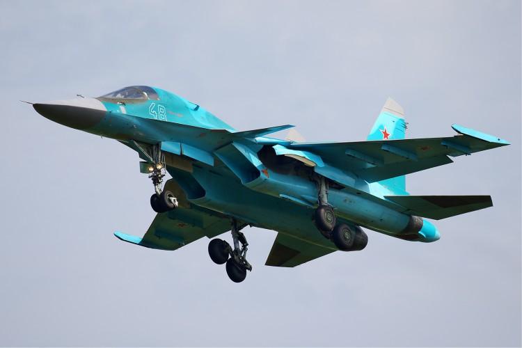 Rosja: Resort obrony potwierdził zderzenie dwóch samolotów Su-34 - GospodarkaMorska.pl