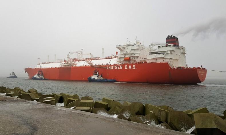 50. dostawa skroplonego gazu ziemnego LNG do terminalu w Świnoujściu (foto) - GospodarkaMorska.pl