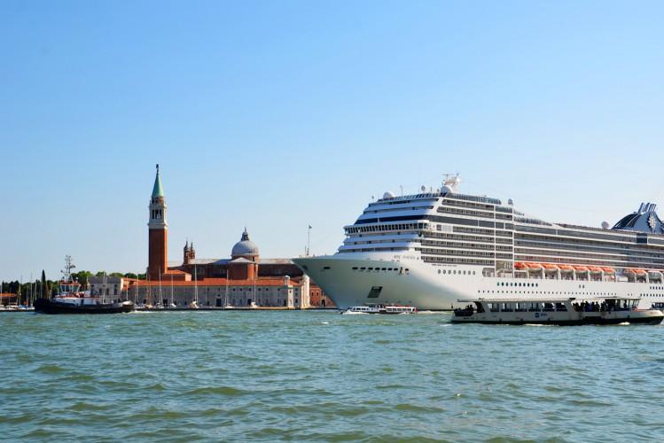 Włochy: Opłata za wstęp do Wenecji w tym roku 3 euro, potem 6-10 euro - GospodarkaMorska.pl