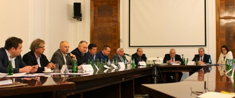 Odbyło się posiedzenie Zespołu Doradczego Ministra GMiŻŚ ds. Rybołówstwa Bałtyckiego - GospodarkaMorska.pl