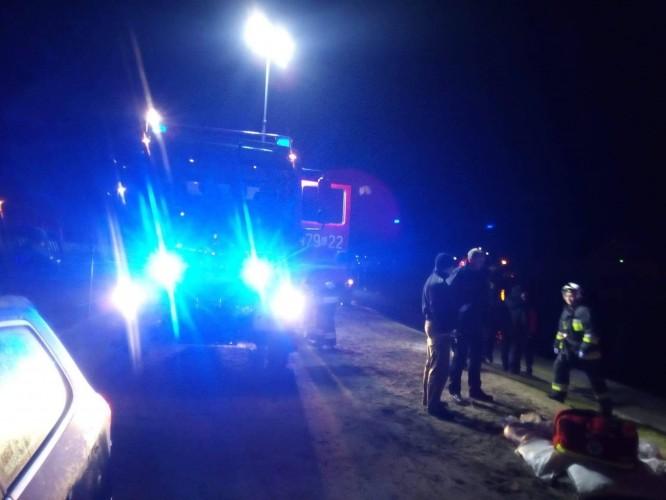 Tragiczny wypadek w Łebie. Nie żyje mężczyzna, który topił się w kanale portowym - GospodarkaMorska.pl