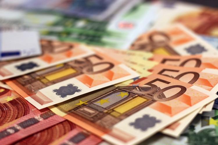 DZIEŃ NA FX/FI: Eurozłoty stabilny przy 4,30; możliwe dalsze spadki dochodowości SPW - GospodarkaMorska.pl