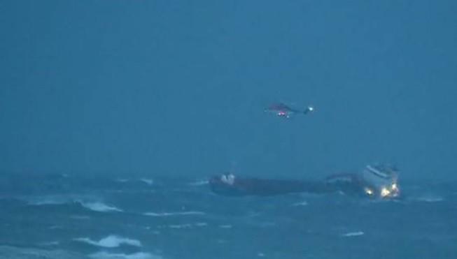 Norwegia: Drugi statek potrzebuje pomocy w rejonie awarii wycieczkowca (foto, wideo) - GospodarkaMorska.pl