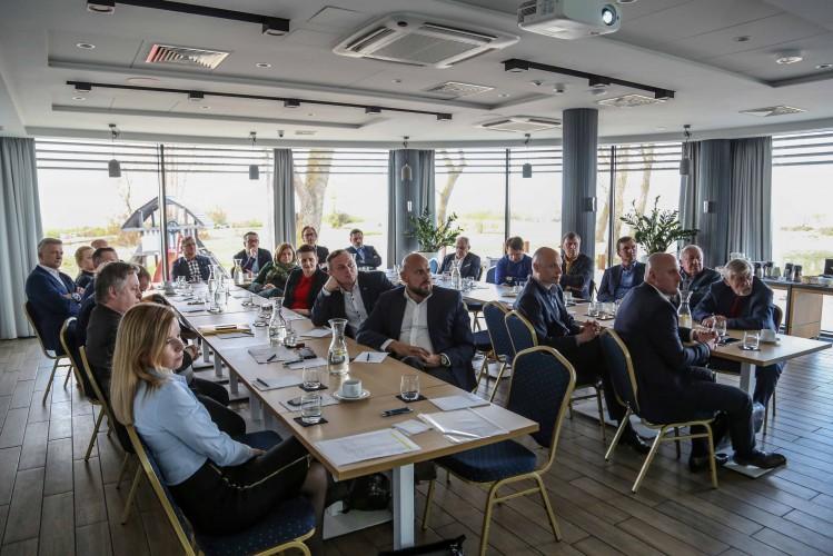 Inauguracyjne spotkanie Polskiego Forum Technologii Morskich (foto, wideo) - GospodarkaMorska.pl