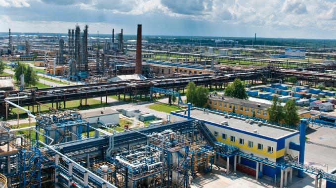 Białoruś: Rafineria wszczęła procedury ws. kar za dostawy zanieczyszczonej ropy - GospodarkaMorska.pl