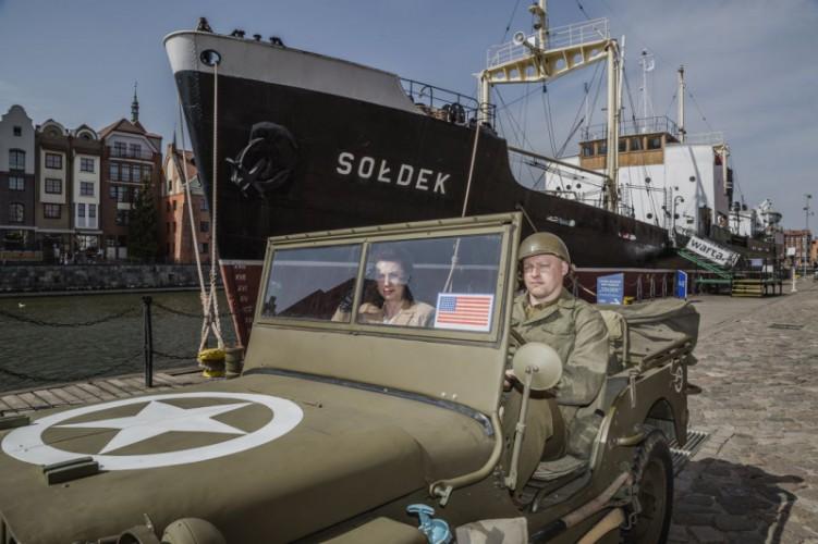 Pomorskie: Wycieczka na rowerach wodnych i uzbrojony Sołdek podczas Nocy Muzeów 2019 - GospodarkaMorska.pl