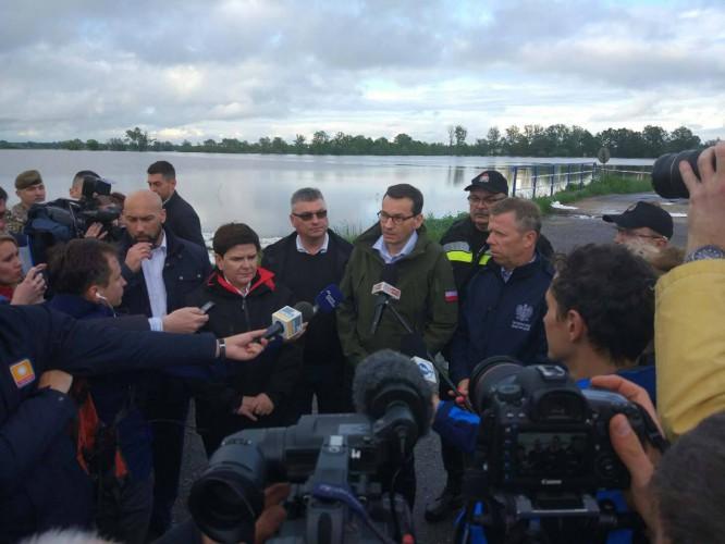 Wody Polskie monitorują stan wałów przeciwpowodziowych i zbiorników wodnych - GospodarkaMorska.pl