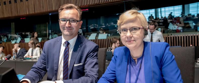 Minister Moskwa na posiedzeniu Rady Unii Europejskiej ds. Środowiska - GospodarkaMorska.pl