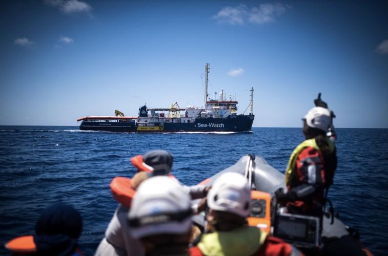 Kapitan statku Sea Watch 3 pozostaje w areszcie domowym - GospodarkaMorska.pl