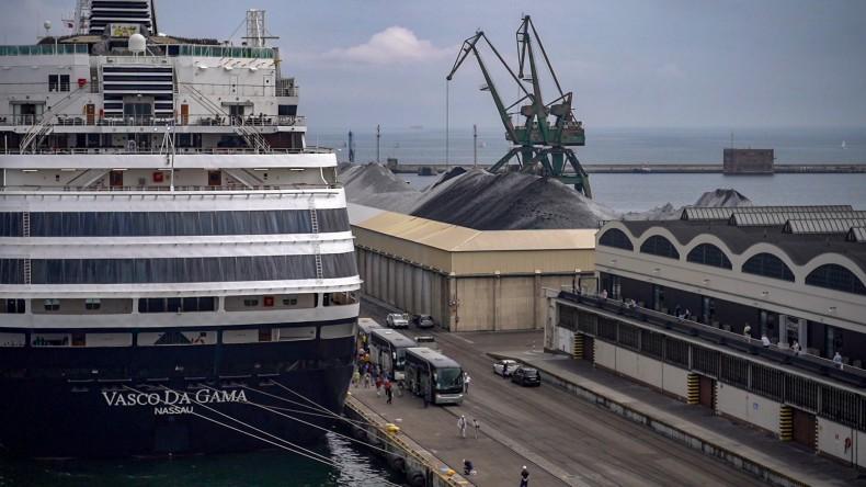 Luksusowy Vasco da Gama po raz pierwszy w Porcie Gdynia (foto, wideo) - GospodarkaMorska.pl