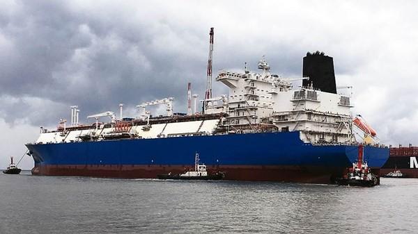 Gazprom wynajął pływający terminal LNG Austriakom - GospodarkaMorska.pl