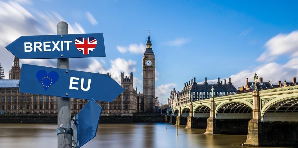 KE nie widzi problemu w tym, że Londyn przestanie uczestniczyć w spotkaniach UE - GospodarkaMorska.pl