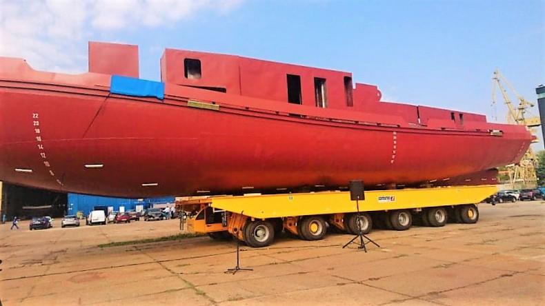 MSR Gryfia zakończyła budowę kadłuba lodołamacza czołowego dla RZGW Gdańsk (foto) - GospodarkaMorska.pl