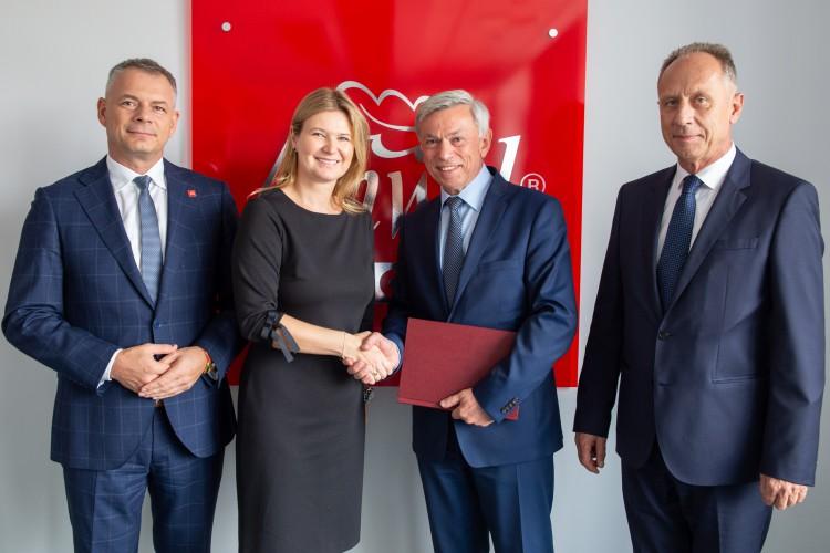 Anwil: Umowa na budowę infrastruktury pomocniczej dla segmentu nawozów - GospodarkaMorska.pl